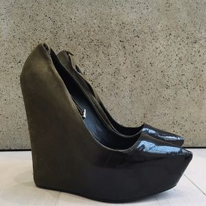 Theyskens' Theory Ombré Platform Wedge